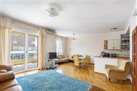 Prodaje se dvosoban stan u Budve (100 m do mora)