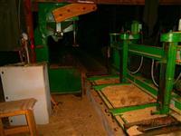 Prodaje se mashine i alat za drvnu industriju