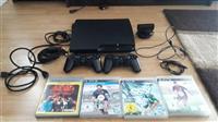 PS3 sa dva dzoistika i 4 igrice
