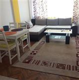 Prodajem stan u centru Bara, 500m od mora
