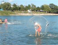 Zorba lopta za hod po vodi