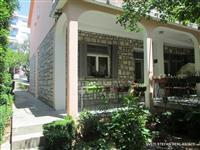 Kuca povrsine 240 m2 Petrovac