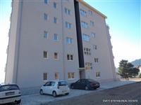 Stan povrsine 65 m2 u naselju Dubovica