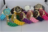 Michael Kors satove u vise boja