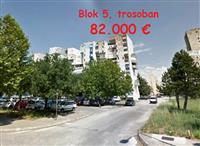 Trosoban, komforan, 80 m2, Blok 5, preko Morače