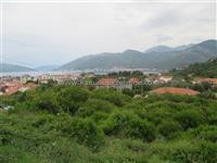 P9059 Plac sa pogledom na more Tivat