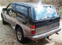 Nissan Terrano I V6 -89