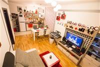 Prodaje se apartman (40m2) u Budvi sa jednom spava