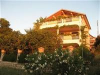 Apartmani blizu mora Crna Gora Bar Utjeha
