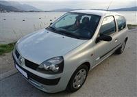 Renault - Clio 1.2 8 ventila -01