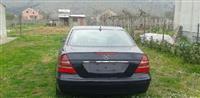 Mercedes Benz E 220 2200 cdi -05