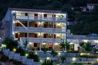 Vila povrsine 654 m2 na placu