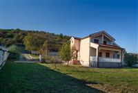 Kuća za 600 €, Donja Gorica kod UDG-a