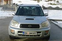 Toyota - RAV 4 D4D-crveno