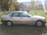 BMW 320i -92