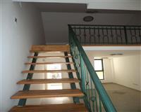Poslovni prostor povrsine 31 m2 sa galerijom