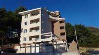 Stan od 69m2 u Tivat
