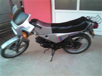 Motor Bt 50